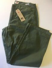 Levi's Women's Utility Chino Pants - Bronze Green Fade Size 31 New WT C38-6-41
