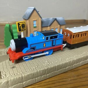 Thomas & Friends Vintage Trackmaster 1992 Thomas Engine Annie & Clarabel Coaches