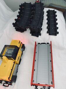 Playmobil Diesellok 5258 Ohne Dach  + Fernbedienung +Waggon +Schienen