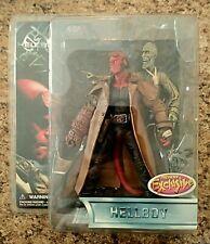"2004 Mezco Toyz Previews Exclusive Hellboy & Ivan the Corpse 7"" Action Figure"