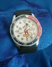 Vintage Rare Lorus By Seiko Mickey Mouse V533-8A20 V533 8A20 Dive Diver Watch
