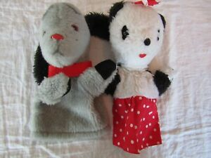 VINTAGE X2 HAND PUPPETS SOO AND SWEEP HAPPY CHILD TOYS