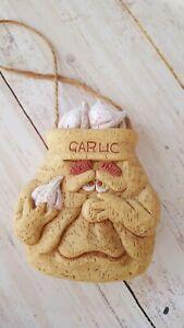 "3.5"" hollow resin garlic novelty hanging decor piece peg  jute rope C3"