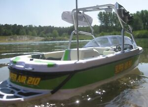 RC 56 cm Wakeboard Wasserski Modellboot Motorboot + Fernsteuerung Komplettset