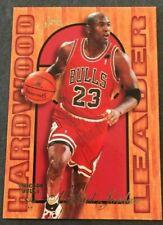 1995-96  FLAIR HARDWOOD LEADERS BASKETBALL CARD MICHAEL JORDAN NRMT-MT RANGE #4