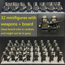 WWII German 32 Mini figure soldier mp40 Panzerfaust board World War 2 (II) WW2