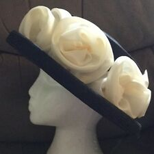 Lovely Little Navy & Cream Wedding Hat BNWT light Weight