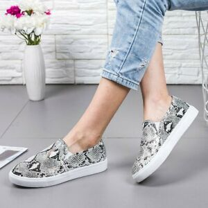 Womens Comfort Slip-on Sneakers In Leopord  Pattern Casual Flat Shoes Large Size