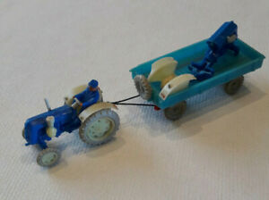 ESPEWE 1:87 DDR Famulus Blau + Anhänger