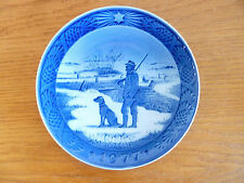 Royal Copenhagen 1977 Christmas Plate Immervad Bridge Hunter & Dog