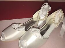 New Womens Wedding Bridal Prom Shoes Low Heels Peep Toes Dress Pumps; Size 7 1/2