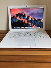 MacBook 7,1: mid 2010, 2.4Ghz, 250GB Hard, 2G Ram-model-A1342