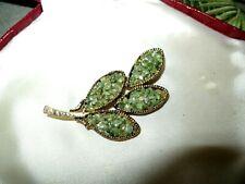 Lovely vintage goldtone  green Jade chip floral brooch