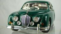 Maisto Special Edition 1959 Jaguar Mark II 1:18 British Racing Green Toy Car