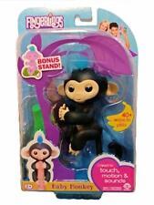New FINGERLINGS Interactive Baby MonkeyFINN (Black) with Bonus Stand WowWee