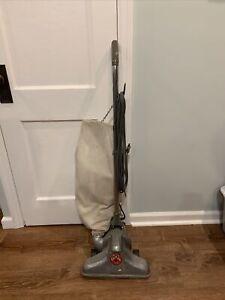 Vintage  Royal Electro Hygiene Upright Vacuum Cleaner Model 285 MCM Works!!
