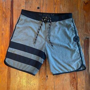 Hurley Phantom Men's Size 34 Board Shorts Swim Trunks Black Grey Logo Patch
