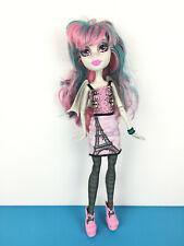 Monster High Doll Rochelle Goyle Scaris / Poupée