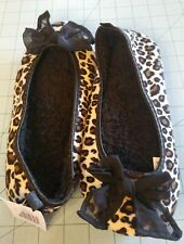 Unbranded: Women's Leopard Print Ballet Flat Fleece Slippers, Size (5/6) - New