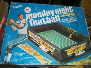 Vintage 1972 Aurora ABC Monday night football game Roger Staubach With Box