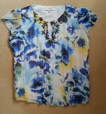 Ladies Gorgeous Floral Summer Blouse With Jewelled neck-line Size 10