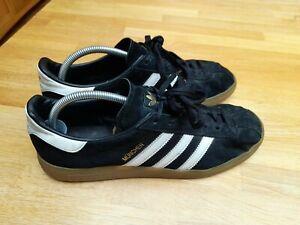 Superb Mens Adidas Originals Munchen Trainers UK10 Munich Black Gum Sole