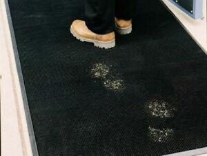 DIRT CATCHER Heavy Duty Finger-Tip Rubber Entrance mat 1200mm x 800mm