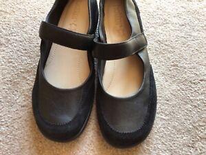 Lovely Hotter Black Leather & Suede Mary Jane Comfort Shoes UK 8/42 Hardly Worn