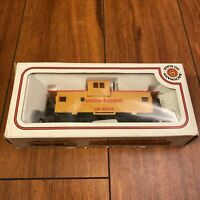 Bachmann Union Pacific Caboose Freight #25743 Built-Up HO Scale EMD Rare Vintage