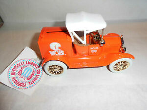 "Ertl #B061UA ""University Of Tennessee #2 LE"" 1918 Runabout Bank 1:25 Scale"