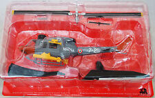 HELICOPTERE DE COMBAT Agusta Bell 212 Army Italie Helicopter NEUF Echelle 1/72e