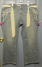 L.E.i. Sophia Hiphugger Jeans w/ Lace Belt and Embroidered Flowers Size 24 New!