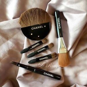 Chanel mini travel brush set eyeshadow sponge foundation blush contour eyeliner
