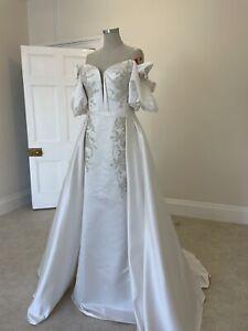 Designer Satin Wedding Dress RRP £1295 Aline Princess Off Shoulder Modern Sample