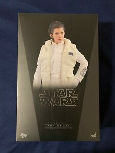 Hot Toys Star Wars Princess Leia Hoth