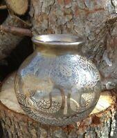 Vase en verre Saint Graal, decor en argent 980