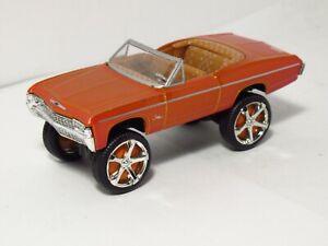 Jada Toys DONK Box & Bubble Collector #3 '68 Chevy Impala Convertible Orange