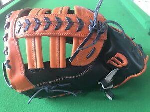 """Wilson A2000 Pro Stock Glove MC24 GM 12"""" LHT First Base Mitt"""