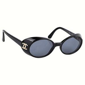 CHANEL c.1990's Black Oval Goggle Gold CC Logo Plastic Sunglasses 05976 w/Box