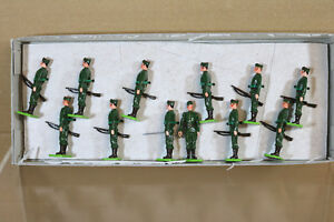 LITTLE WARS 147 SPANISH FOREIGN LEGION SOLDIERS 1938 at ATTENTION nj