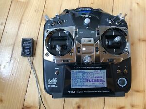 Futaba T8J 2 4Ghz 8 channel transmitter and R2008SB receiver