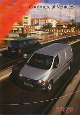 TOYOTA HILUX PICK UP 2WD 4WD & HIACE Van 2001-2002 ORIGINALE BROCHURE UK 91455-br