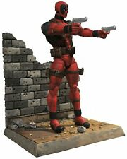 Diamond Select Toys Marvel Select X-Men Deadpool Action Figure Model