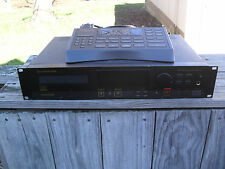 MARANTZ CDR-620 PROFESSIONAL COMPACT DISC ( CD ) RECORDER - WITH OPTIONAL REMOTE