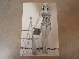 "VINTAGE ORIGINAL 1939 BETTY GRABLE SWIMSUIT PRESS PHOTO 6"" X 9"""