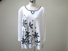 NWT's Alfred Dunner beautiful blue floral print stud 3/4 sleeve top   3X