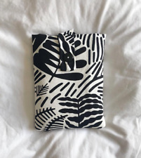 Padded book sleeve,book protector - Black & White Print book over
