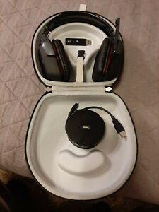 Logitech G930 Black Over the Ear Headset - Used - Bundle