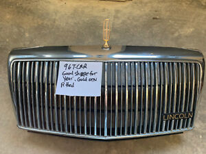 95-96-97 Lincoln Town Car Grille