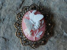 *2 IN 1- WHITE BUTTERFLY/ PINK / PEACH- GOLD CAMEO BROOCH/ PIN / PENDANT!!